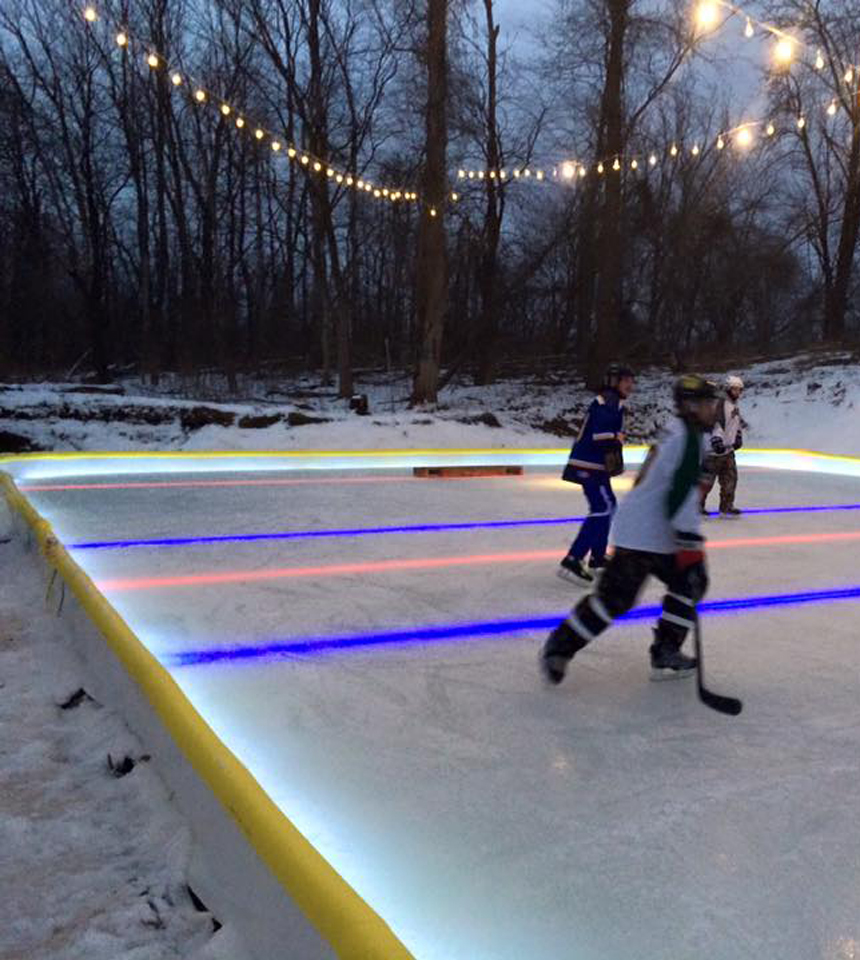 "Court with White ""Perimeter""-Under the Liner Led Nicelights by NiceRink"