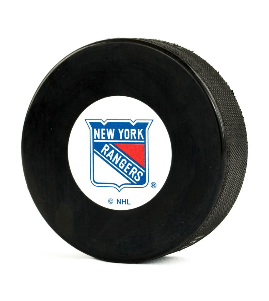 Pucks nicerink new york rangers puck mozeypictures Choice Image